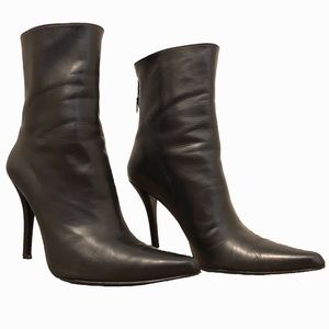 Stuart Weitzman Pointed Leather Bootie